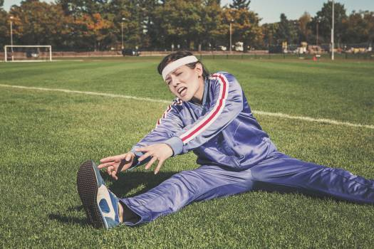 stretching tracksuit track and field  Free Photo