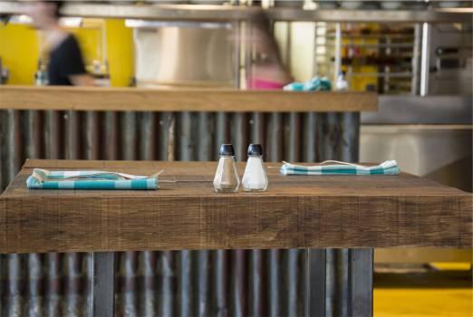 restaurant table napkins  #18659