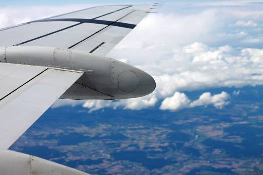 airplane wing flying  #18689