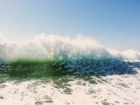 waves splash water  Free Photo