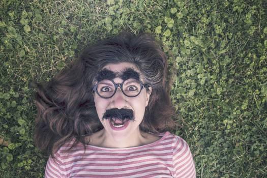 girl woman glasses  Free Photo