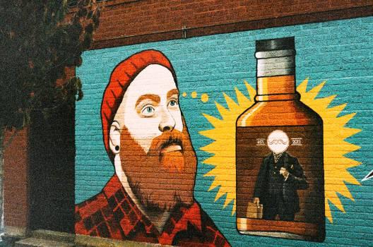 wall paint graffiti  Free Photo