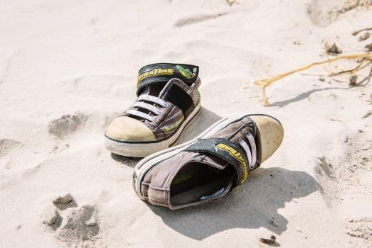 shoes sneakers beach  #19652