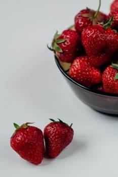 strawberries fruits healthy  #19869