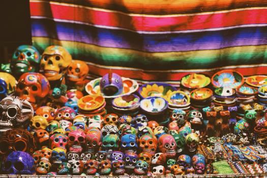 skulls art market  Free Photo