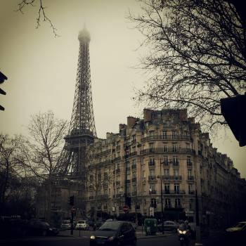 eiffel tower buildings paris  Free Photo