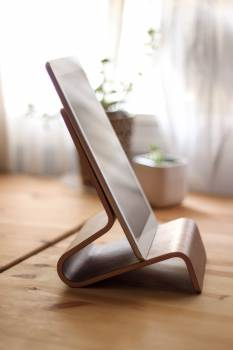 ipad tablet stand  Free Photo