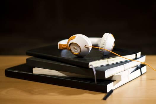 headphones notepad notebook  #20353