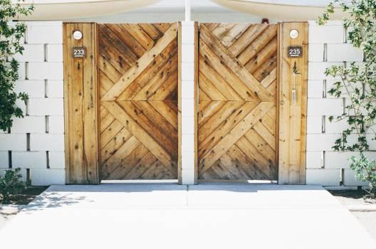 wood gate houses  Free Photo
