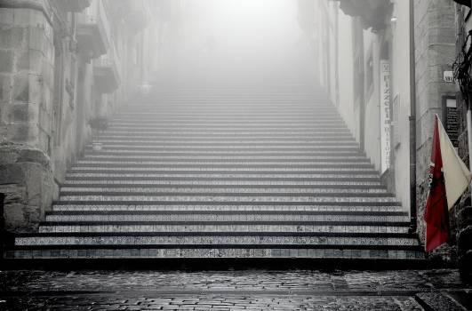 black and white cobblestone walls  Free Photo