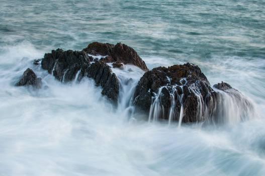 rocks boulders waves  #20953