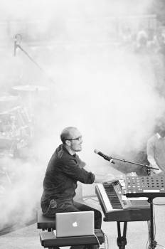 music keyboards musician  Free Photo