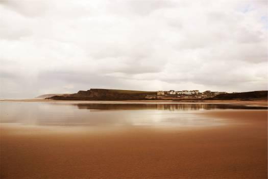 beach sand houses  Free Photo