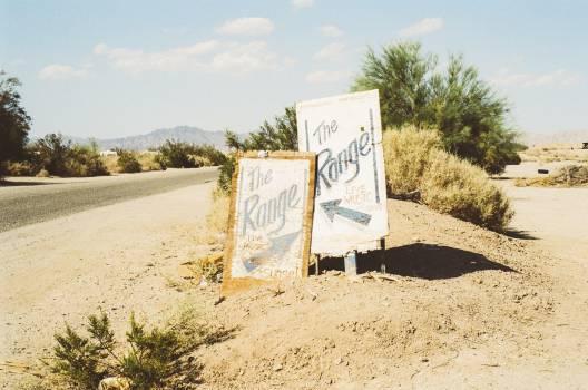 range signs road  Free Photo