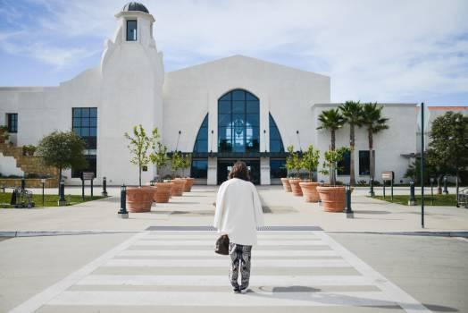 Santa Barbara airport woman  Free Photo