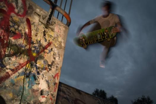 skateboarder skateboarding jump  #22562