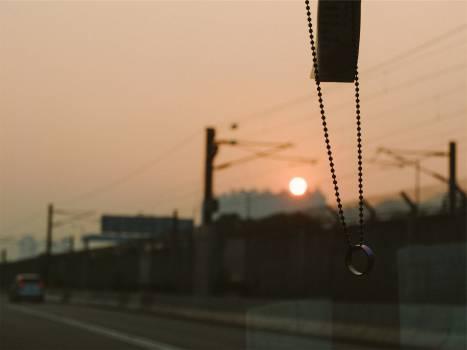 beads ring windshield  Free Photo