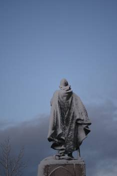 Statue Sculpture Monument Free Photo