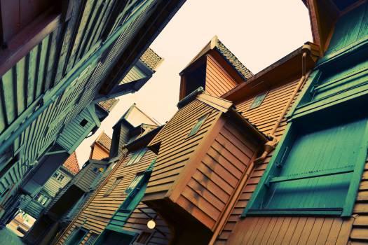 buildings siding windows  Free Photo