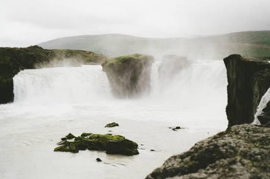 waterfalls mist river  #23410