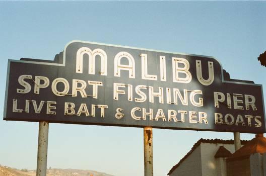 malibu pier sign  Free Photo