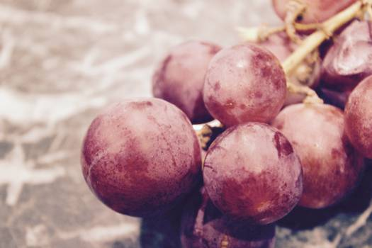 red grapes fruits #24140