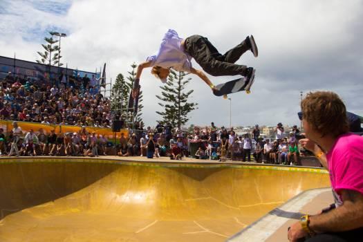 Skate Skateboard Jumping Free Photo