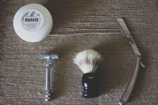 razor blade brush Free Photo