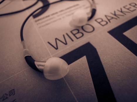 listen book Free Photo