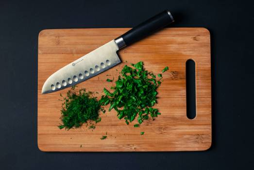 Chopped parsley and dill Free Photo