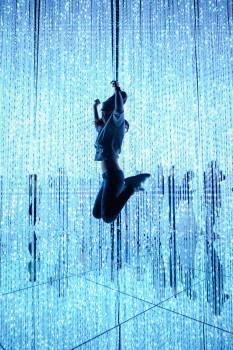 Swing Mechanical device Fountain Free Photo
