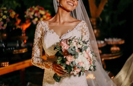 Bride Bouquet Wedding Free Photo