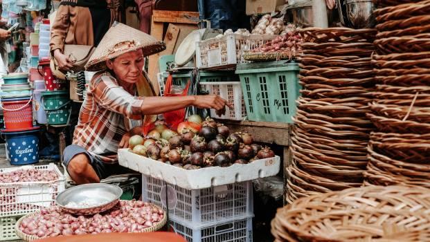 Basket Food Seller Free Photo