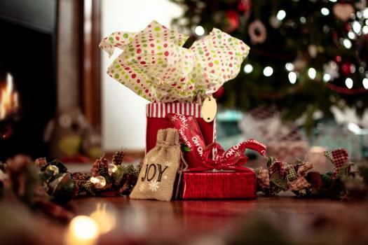 Decoration Holiday Gift Free Photo