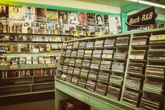 Tobacco shop Shop Mercantile establishment Free Photo