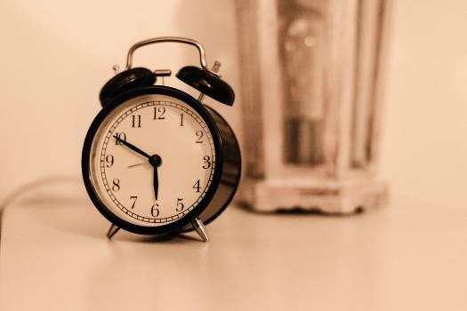 Clock Time Analog clock Free Photo