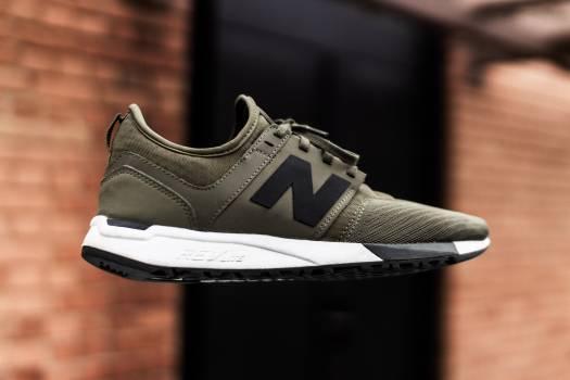Running shoe Shoe Footwear Free Photo