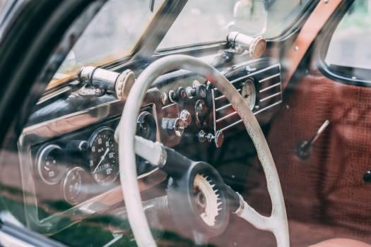 Steering wheel Control Mechanism Free Photo