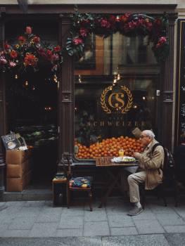 Seller Stall Restaurant Free Photo