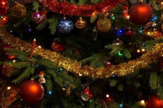 Red Chirstmas Tree Ball #33253