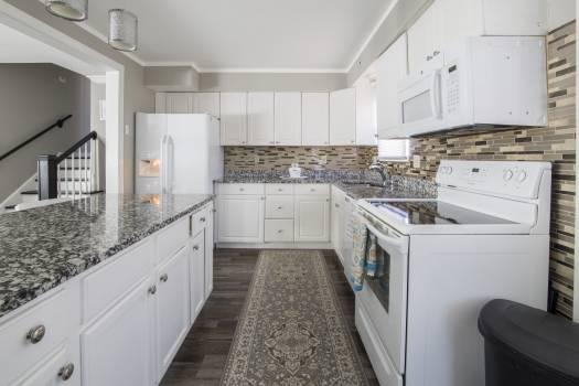 White Modular Kitchen Free Photo
