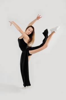 Woman Doing Ballet Dance #333703