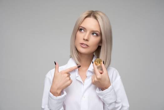 Women's White Button-up Long-sleeved Shirt #334247