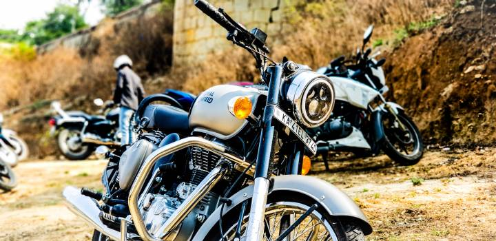 Close-up Photography of Motorcycle Free Photo