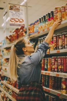 Woman Shopping #340572