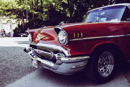 Red and Gray Vintage Car on Gray Concrete Road during Daytime #34577