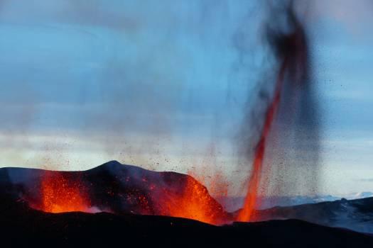 Volcano Mountain Natural elevation Free Photo