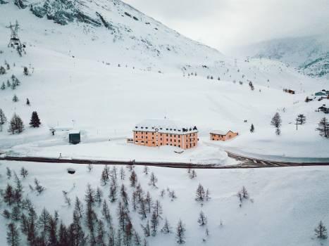 Ski slope Slope Geological formation Free Photo