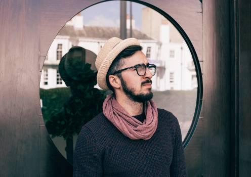 Man Wearing Brown Fedora Hat Photo #35172
