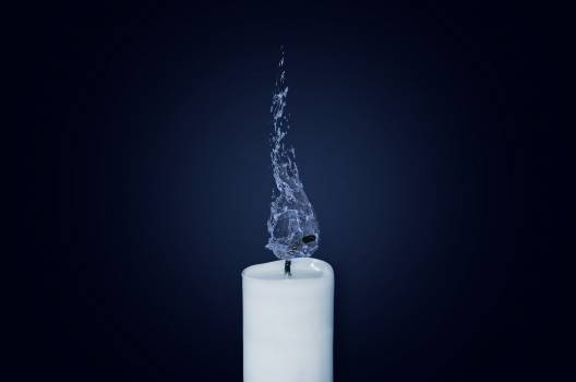 White Candle With Water Dew #35338